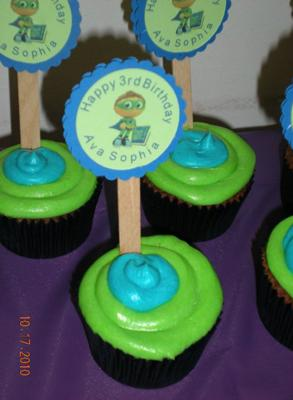 Supe Why boys cupcakes
